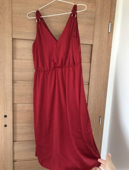 Saténové šaty do pólky lýtok