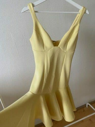 Krásne letné šaty vhodné aj na slávnostnú priležitosť