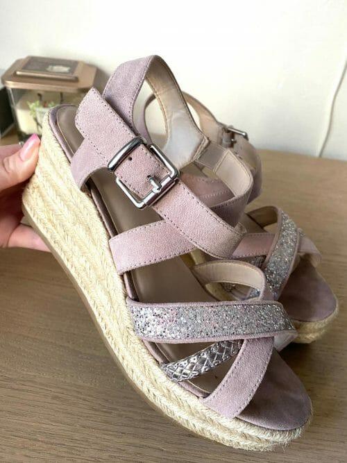 Staroružové sandálky