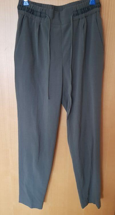 Khaki nohavice